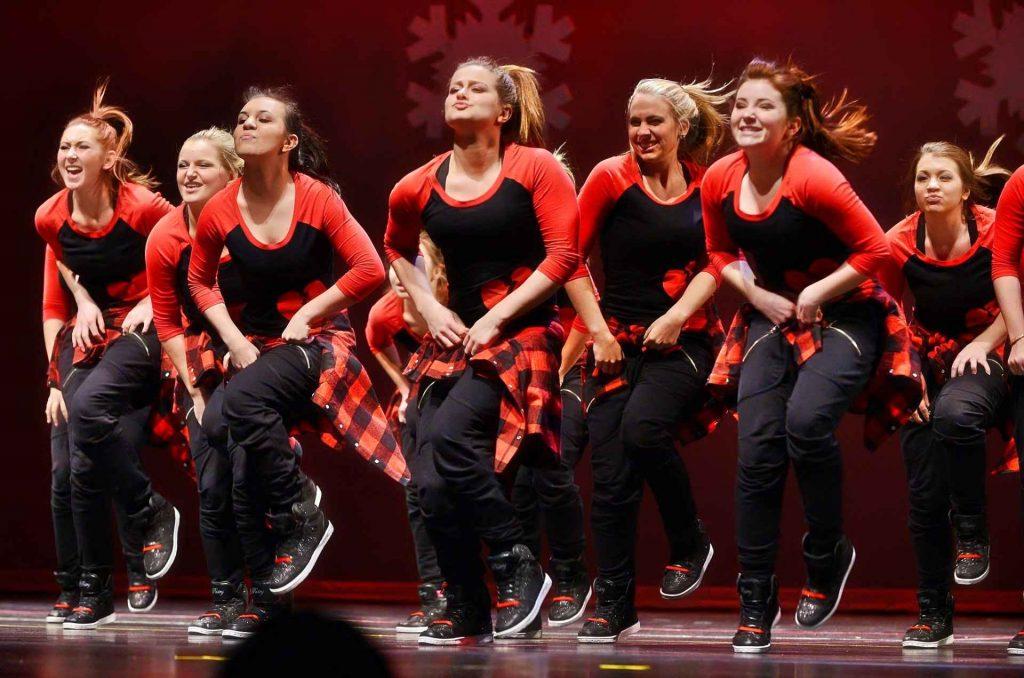 ragazze che ballano