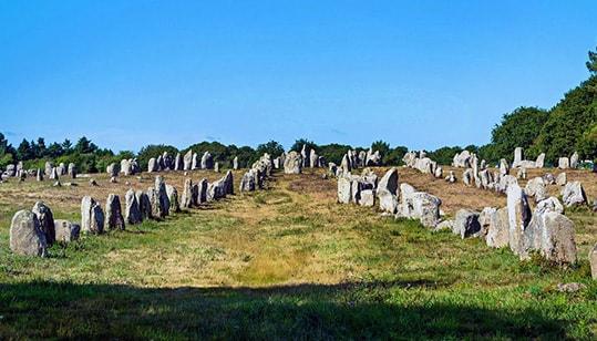 campi-carnac-pietre-allineate