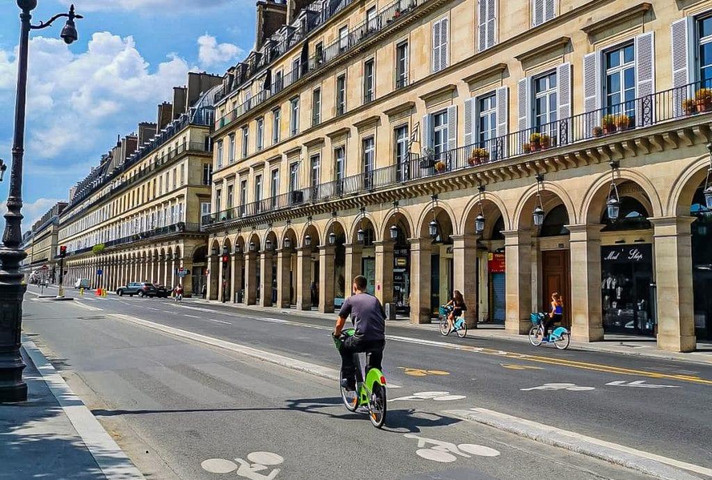 Parigi - Rue de Rivoli é diventata una via pedonale
