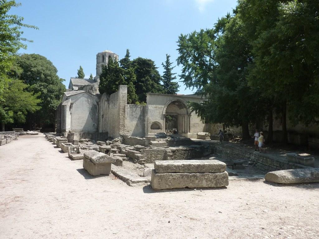 Sarcofagi della necropoli - Les Alyscamps