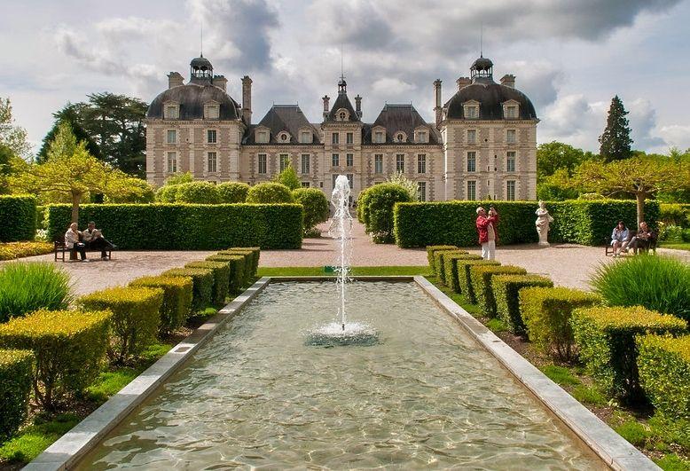 vista panoramica del castello di cheverny nella Loira