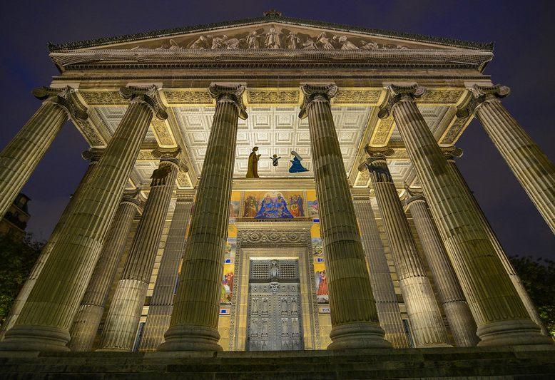 ingresso monumentale della chiesa della madeleine