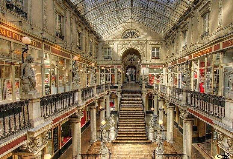 galleria coperta neoclassica a Nantes