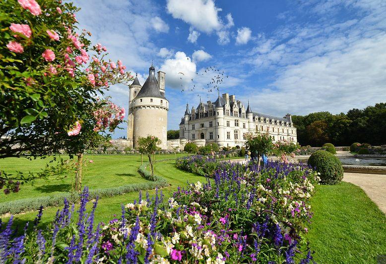 veduta del castello di chenonceau nella Loira