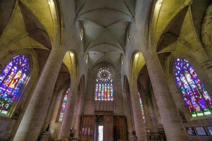 veduta interna della chiesa di San Vincenzo