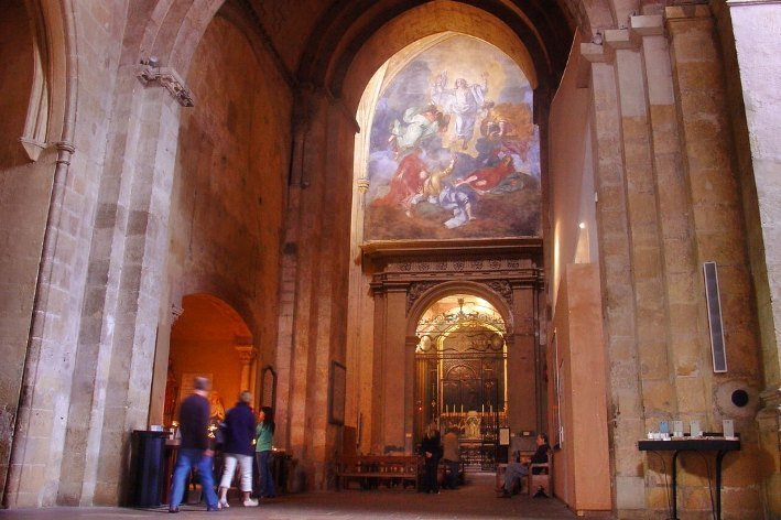 dipinto all'interno della chiesa di sanSalvatore a Aix en Provence
