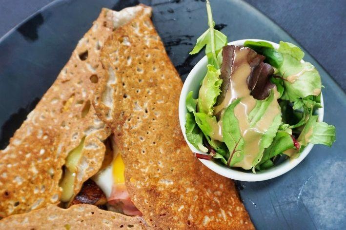 crepe bretone con insalata