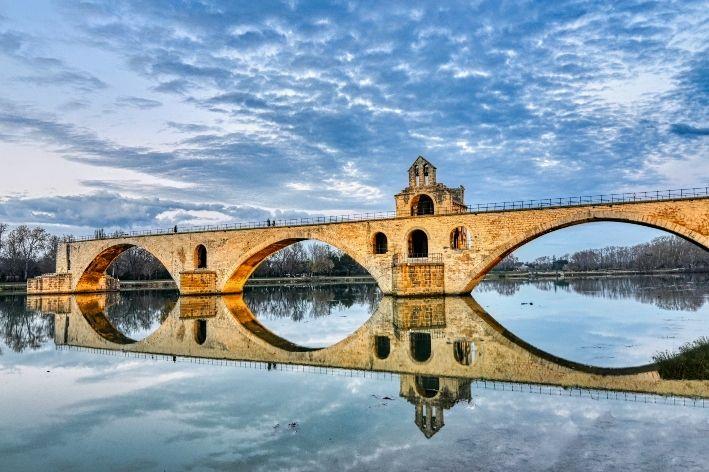 ponte di san benedetto a Avignone